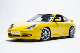porsche gt3 rs yellow 18diecast com 1 18 scale diecast model cars porsche 911 gt3 rs