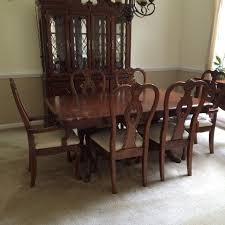 queen anne entry table queen anne dining room furniture mixing chairs with a regard to set