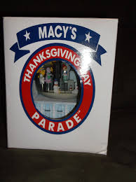 1999 macy s thanksgiving day parade musical snowglobe snowdome