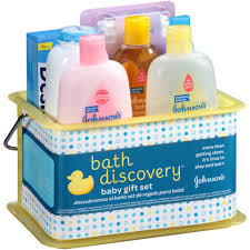 johnson s bath discovery baby gift set 8 items 8 off for bed johnson s bath discovery baby bathtime gift set 8 items pack shower