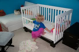 When To Turn Crib Into Toddler Bed Cribs That Turn Into Toddler Beds