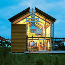 10 modern glass houses no one would throw stones at