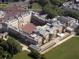 Buckingham Palace Floor Plan Spectacular Photos Of The Lavish Abodes Of 12 World Leaders Travelub