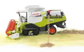 bruder farm toys bruder claas lexion 780 terra trac combine harvester wolds agri