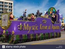 mardi gras parade floats mardi gras revellers on parade floats in galveston usa