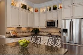 how to match granite to cabinets 12 most white cabinets with brown granite you must