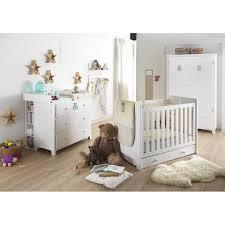 chambre bebe aubert chambre dailys chambres classiques aubert special bébé idée