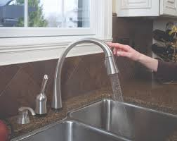 delta kate kitchen faucet delta pilar kitchen faucet with touch2o technology review and