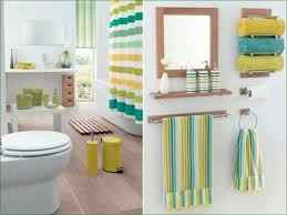 decorating ideas for bathrooms on a budget bathroom decor items home design decorating ideas small on a budget