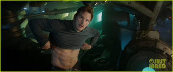 men are now objectified more chris pratt thinks men need to be objectified more photo 3397701