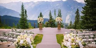 affordable wedding venues in colorado 25 fall wedding venues best locations for fall weddings