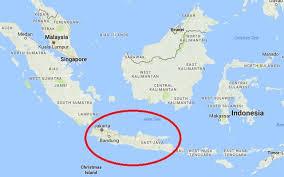 at least 11 buried in landslide in indonesia u0027s java bdnews24 com