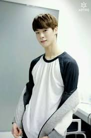moonbin give lovely happy