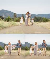 Bay Area Photographers Love Laughter Romantic Field Maternity Session Bay Area