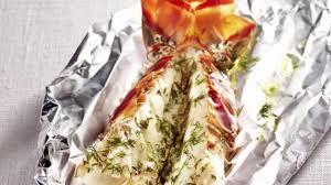 cuisiner une langouste recette queue de langouste aux herbes cuisiner langouste recette