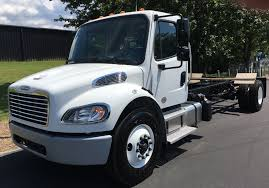 freightliner trucks for sale 2017 freightliner m2 box truck under cdl freightliner greensboro