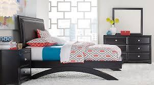 belcourt black 5 pc queen platform bedroom queen bedroom sets colors