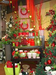 Christmas Decorations Shop Window Displays by 18 Best Flower Shop Window Displays Images On Pinterest Shop