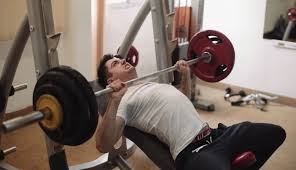 what should i be benching for my weight how to gain strength on incline bench press think eat lift