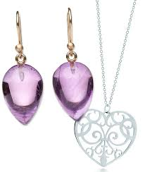 mothers day jewlery see our 10 picks for jewelry to give on s day instyle