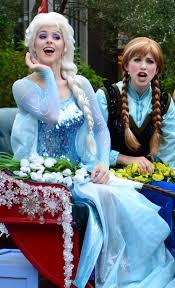 frozen summer fun live parade featuring anna elsa kristoff