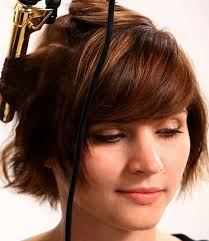 curling irons that won t damage hair how to curl short hair with heat quickly and easily