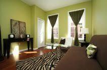wandgestaltung in grün wandgestaltung wohnzimmer grün braun visuelle hilfe auf andere