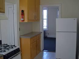 2 Bedroom Apartments In Bloomington Il by Maroon Walls Living Room Bedroom Organization Hacks For