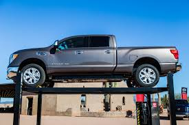 lifted nissan car 2016 nissan titan xd first drive u2013 a cat looks at the kings
