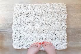 White Fluffy Bathroom Rugs How To Crochet A Bath Rug With U2013 Mama In A Stitch