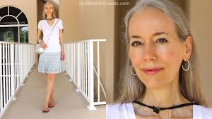 classic fashion style over 40 over 50 casual summer white tee