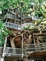 huge treehouse in tennessee home decorating interior design