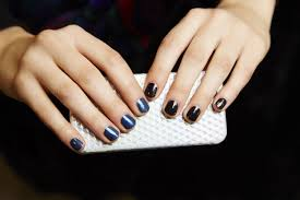 manicure tips how to keep nail polish from chipping glamour