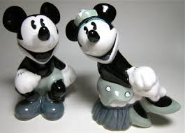 mickey mouse u0026 minnie mouse black white salt pepper shaker