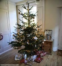 B Q Home Decor by Style Saturday Christmas Home Decor Blogmas Day 13 Anna