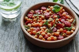 cuisiner des pois chiches pois chiches au chorizo recette légumes supertoinette