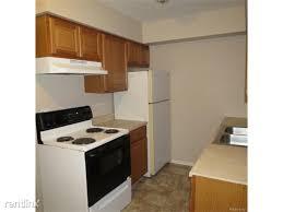Vanity Greeley Mall 7677 Greeley St Utica Mi 48317 Rentals Utica Mi Apartments Com