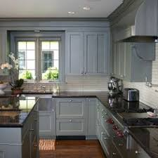 Charcoal Grey Kitchen Cabinets What Countertop Color Looks Best With White Cabinets White