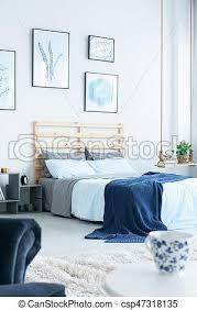 chambre marine bleu marine chambre à coucher mur bleu grand lit chambre
