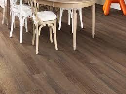 shaw charleston vinyl plank flooring 5 91 x 36 84 18 14 sq ft