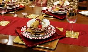 Christmas Dinner Centerpieces - christmasdinnertabledecorationsredgold christmas dinner
