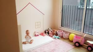 chambre bébé montessori chambre bébé idée comment aménager une chambre montessori lit blanc