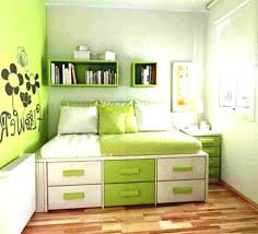 Inexpensive Small Bedroom Makeover Ideas Small Bedroom Decorating Ideas On A Budget 1000 Ideas About Cheap