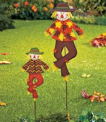 Yard Decorations 15 Outdoor Decorations To Transform Your Yard For Fall