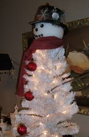 snowman christmas tree frosty the snowman christmas tree craft project