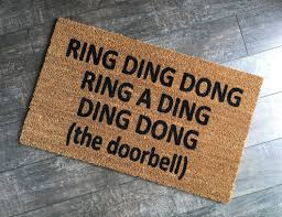 personalized housewarming gifts ring ding dong doormat funny custom welcome mat