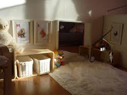 chambre bébé montessori montessori environnement au pays des merveilles