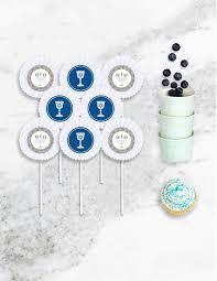 where to buy hanukkah decorations hanukkah decorations buy hanukkah party supplies online today