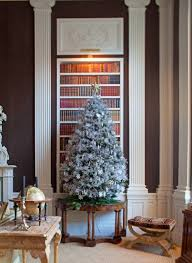 christmas trees garlands and wreaths to inspire your holiday
