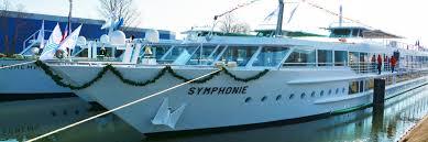 symphonie cuisine the ms symphonie renovated croisieurope